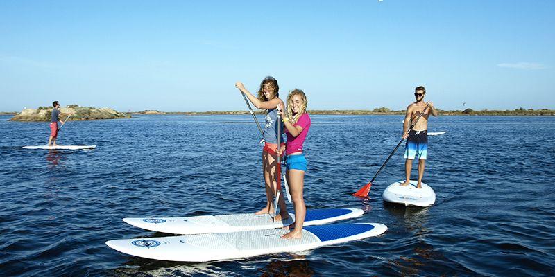 un cours de paddle à Narbonne plage