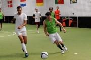 Des joueurs au foot à 5