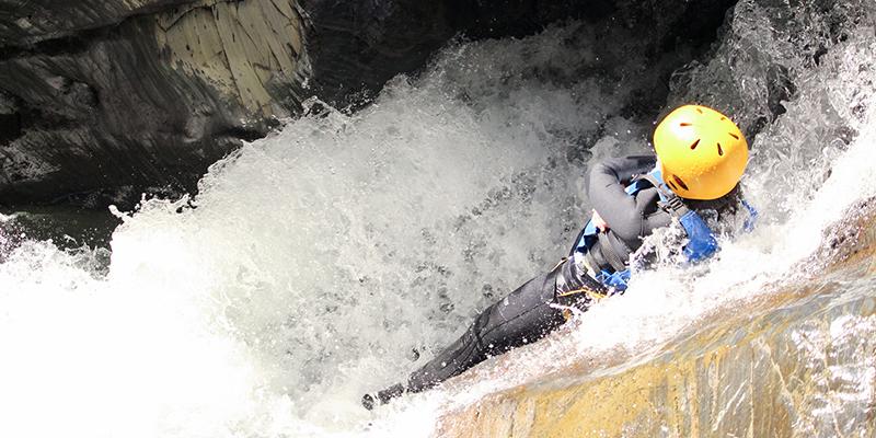 Tobbogan canyoning en eau chaude